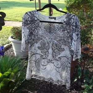 Blingy apt 9 top NWT